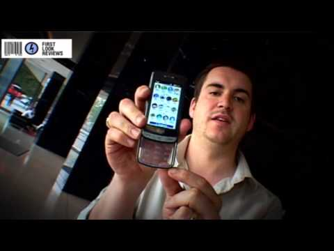 First Look Reviews: LG GD900 Phone