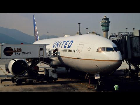 United Airlines Economy Plus Experience: UA896 Singapore to Hong Kong