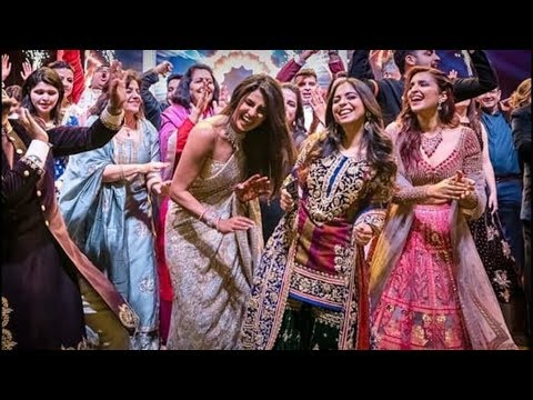 Isha ambani, Priyanka Chopra Dance at Priyanka Chopra, Nick Jonas Wedding
