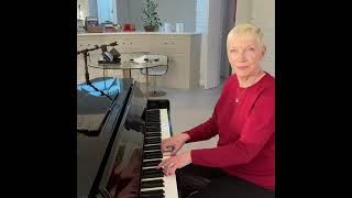 Annie Lennox - Sister's Are Doin' It For Themselves (Snippet)
