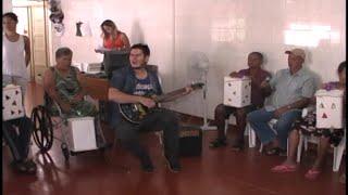 Baixar IDOSOS  PARTICIPAM  DE  OFICINA  DE  MUSICA  NO  LAR  DOS  VELHINHOS  DR  ADOLPHO  BARRETO