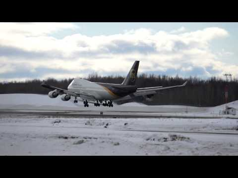 Boeing 747 landing Anchorage Airport, UPS, Alaska