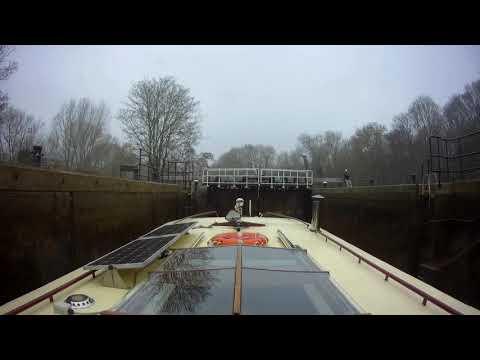 River Medway. Yalding To Allington