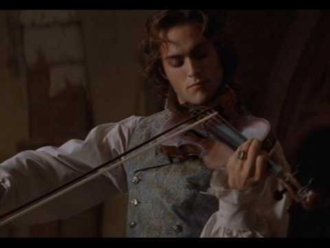 Lestat Playing The Violin To Akasha