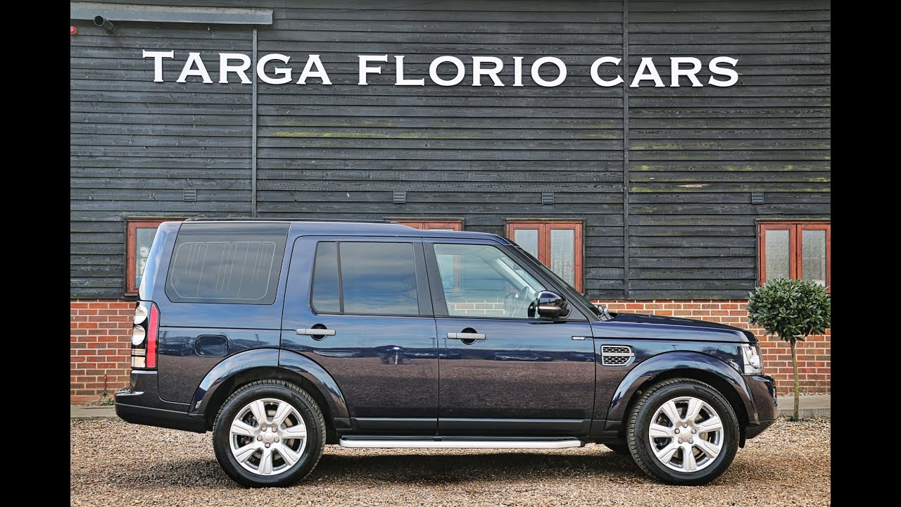 land rover discovery 4 3 0 sdv6 xs automatic in loire blue. Black Bedroom Furniture Sets. Home Design Ideas
