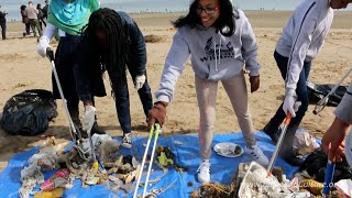 A message from 8th grade filmmakers in Brooklyn about plastic litter - #SaveACritter