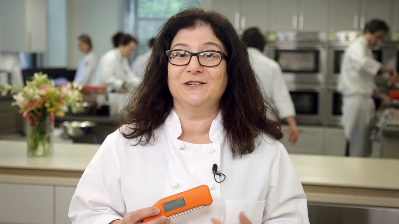 Why America\'s Test Kitchen Highly Recommends the Classic Thermapen for an  Instant-Read Thermometer