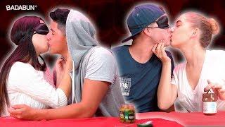 El reto del beso | Con YouTubers