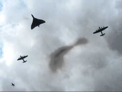 Vulcan XH558 in formation with the 2 Lancasters over Metheringham Airfield.