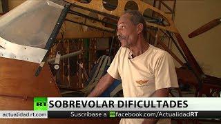 El sueño del cubano que construye un avión