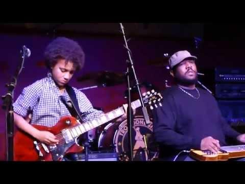 "Brandon ""Taz"" Niederauer  - ""Voodoo Chile"" (Jimi Hendrix) -Shorty Fest 2014"