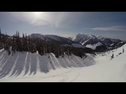 Cat Skiing in Monashee Mountains British Colombia