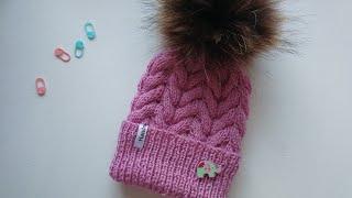 Шапка с косами/  Простая шапка с косами / шапка для ребёнка с косами/ детская шапка спицами