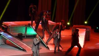 Straight No Chaser - You're a Mean One Mr. Grinch, 12/16 Cleveland