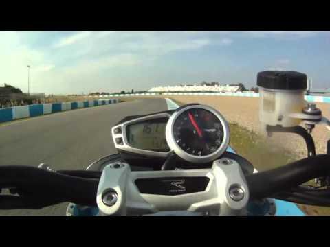 Triumph Speed Triple R 2012 Onboard Lap Jerez