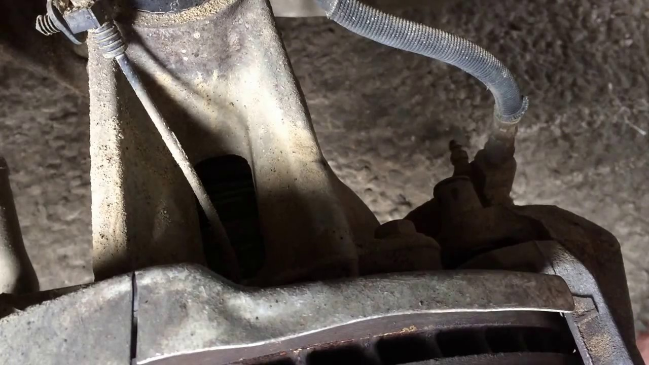 Замена масла в раздатке на Ленд Ровер Эвок 2,0  2011 года  Range Rover Evoque