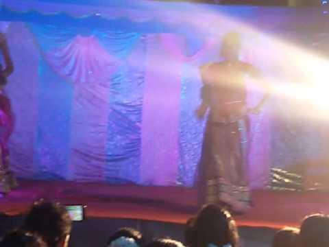itu ra ra itu ra ra | BEST dance choreography. | chronograph by gondalpara girls group |  preform by