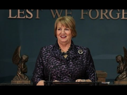 Premier Dunderdale announces completion of federal loan guarantee and financing
