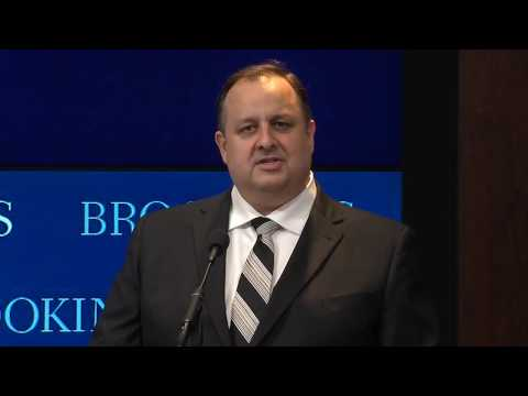 OGE Director Walter Shaub asks Trump to do more to resolve conflicts of interest