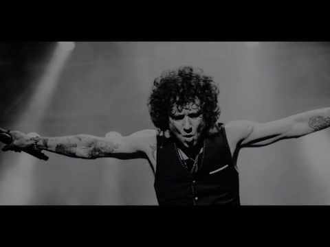 Parecemos tontos Enrique Bunbury English sub