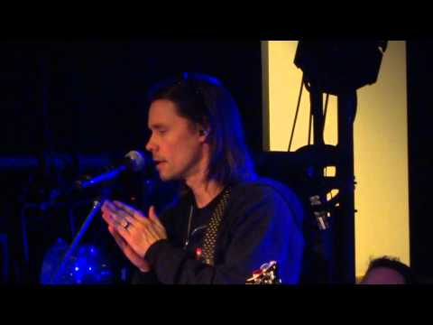Alter Bridge - 'Find the real' from their soundcheck in Osaka, Japan. 2/19/2014