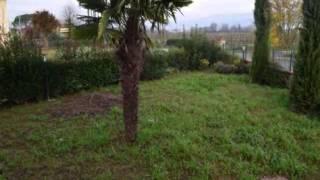 Quarrata: Villa Bifamiliare Oltre 5 locali in Vendita