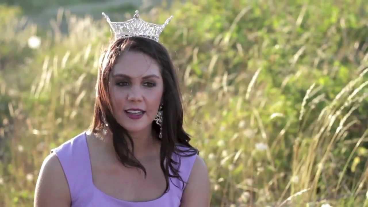 Allison Cook, Miss Oregon attends 2014 Miss America