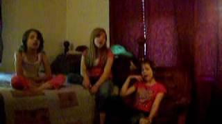 kids singing part