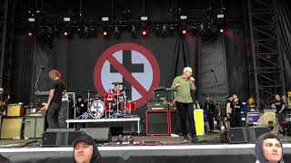 """Bad Religion - """"You Are (The Government)"""" & """"1000 More Fools"""" live at Punk In Drublic @Festival Pier"""