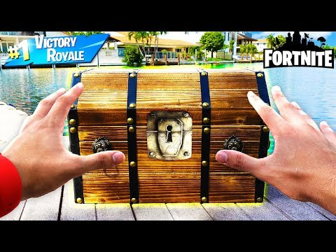 WHAT'S INSIDE A *SECRET* FORTNITE MYSTERY BOX? 💰