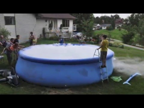 Dry Ice In A Swimming Pool Youtube