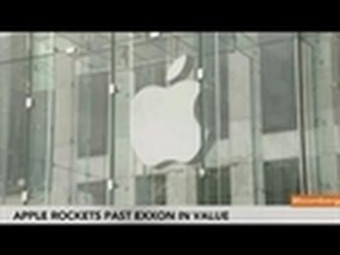Apple Spars With Exxon for World's Biggest Market Value