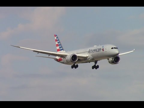 Planespotting At Dallas/Ft Worth International Airport (KDFW) 10/14/16