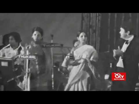 Asha Bhosle & R. D. Burman - Hare Rama Hare Krishna/Dum Maro Dum Live (1970s. VERY RARE)