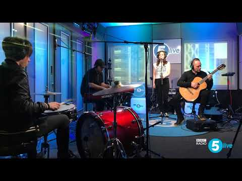 Chvrches Miracle stripped down Acoustic version Live in studio (Audio Only)