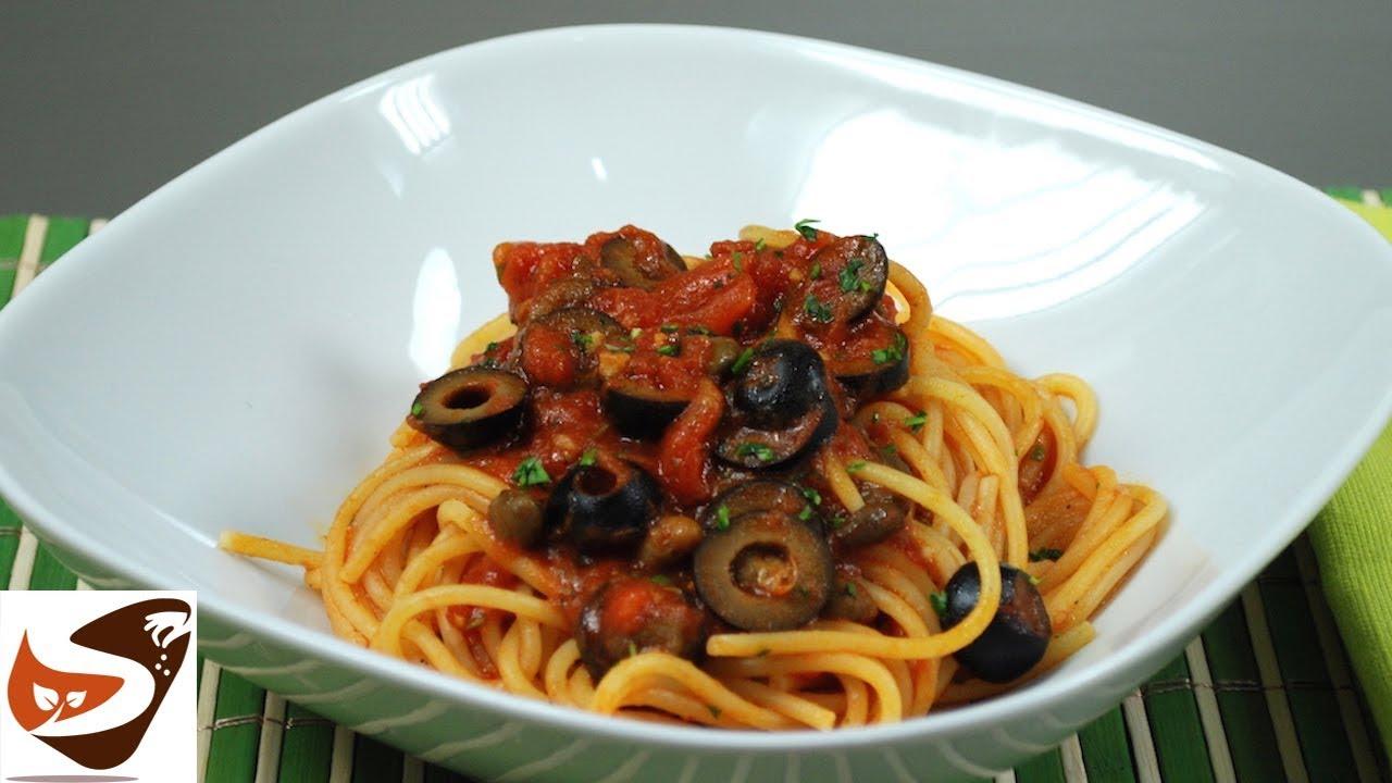 Spaghetti alla puttanesca gusto irresistibile facili e for Cucina italiana primi piatti