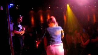 Sarah: ATCQ - I Left My Wallet In El Segundo (Hip-Hop Karaoke Vancouver, Aug 22, 2011)