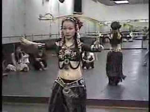 Tribal fusion belly dance sword Taiwan 1