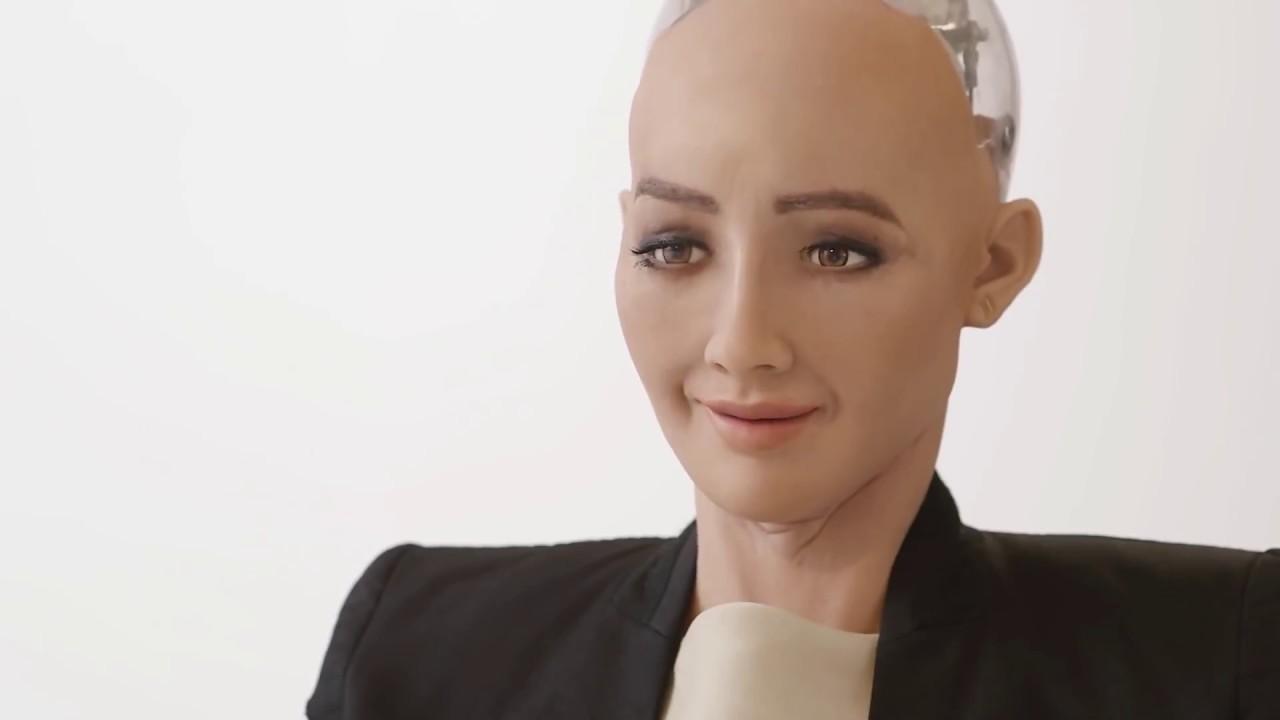 Всемирно известный робот София в Баку