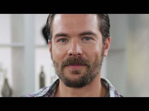How to Get Away With Murder's Charlie Weber Talks His TwitterFamous Beard