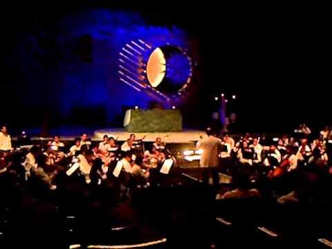 Philippine Philharmonic Orchestra - Kumukutikutitap.wmv