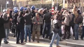 CHP'li Musa Çam, TBMM önündeki eylemde polislerce tartaklandı