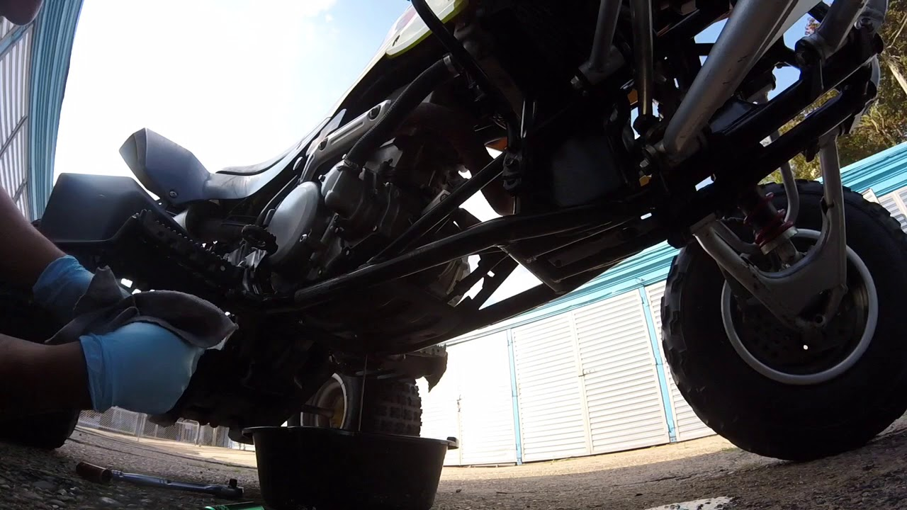 HOW TO CHANGE OIL ON A LTZ400, QUADSPORT Z400!!!! - YouTube