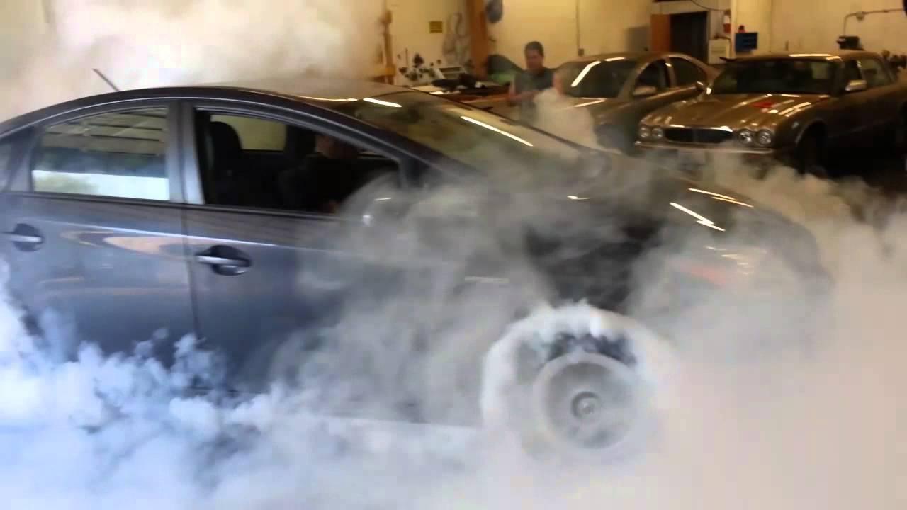 2011 Toyota Prius Hybrid 1 8l Burnout Youtube