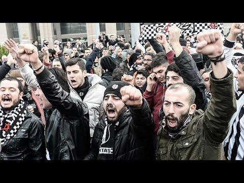Turkey: Beşiktaş football fans on trial for plotting anti-government coup