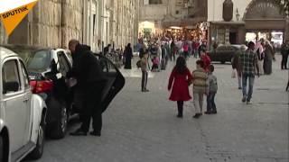 شاهد...رد سكان دمشق على المسلحين الذين يطلقون قذائف الموت