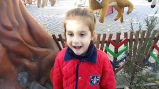 Kids and Monkey Johnny Johnny Baby Songs, Music Songs Johny Johny Yes Papa with Nadine part2.