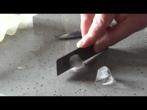 cutting ice with a heat strip