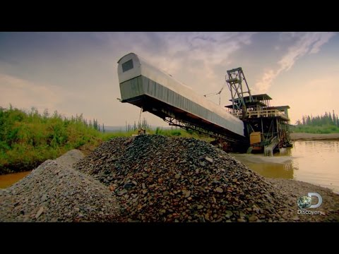 Beached Gold Dredge | Gold Rush