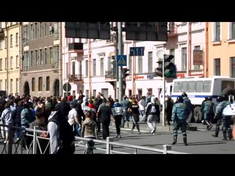 Football Hooligans Spartak Moscow Fight Zenit